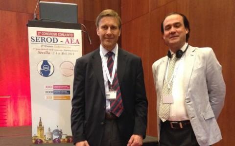 El Dr. Ribera con el Dr. Richard Villar ( uk ), pionero de la atroscopia de cadera y una de sus máximas figuras mundiales.