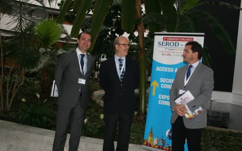 Los Dres Muela, Montilla y Ribera el dia de la inauguración del congreso nacional Serod-aea 2014 organizado por ellos en Sevilla.