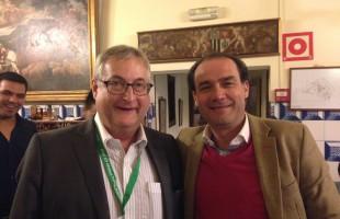 El Dr. Ribera con el Dr. Siebenrock, presidente de la Efort y uno de los padres del concepto del choque femoroacetabular de berna