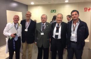 Dr. Muela Y Dr. Montilla junto a los Dres Aragon, Aramburu y Cartier (de izquierda a derecha). Expertos mundiales en Cirugía Unicompartimental de Rodilla.