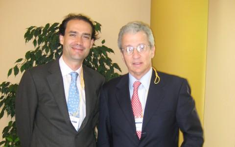 El Dr. Ribera con el Dr Miguel Cabanela, Jefe de Servicio de la Mayo Clinic y Cirujano de su Majestad Don Juan Carlos I.
