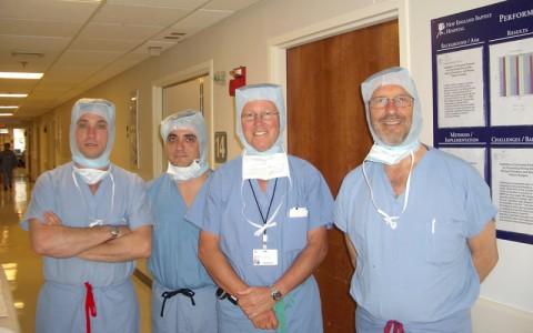 Los Dres Muela y Montilla con el Dr Thornhill en Boston.